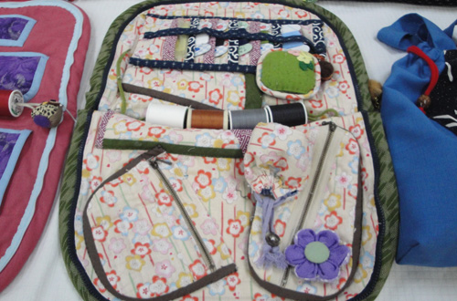 小物教室に持ってくるお裁縫セットを入れる袋も、課題作品の一つです。